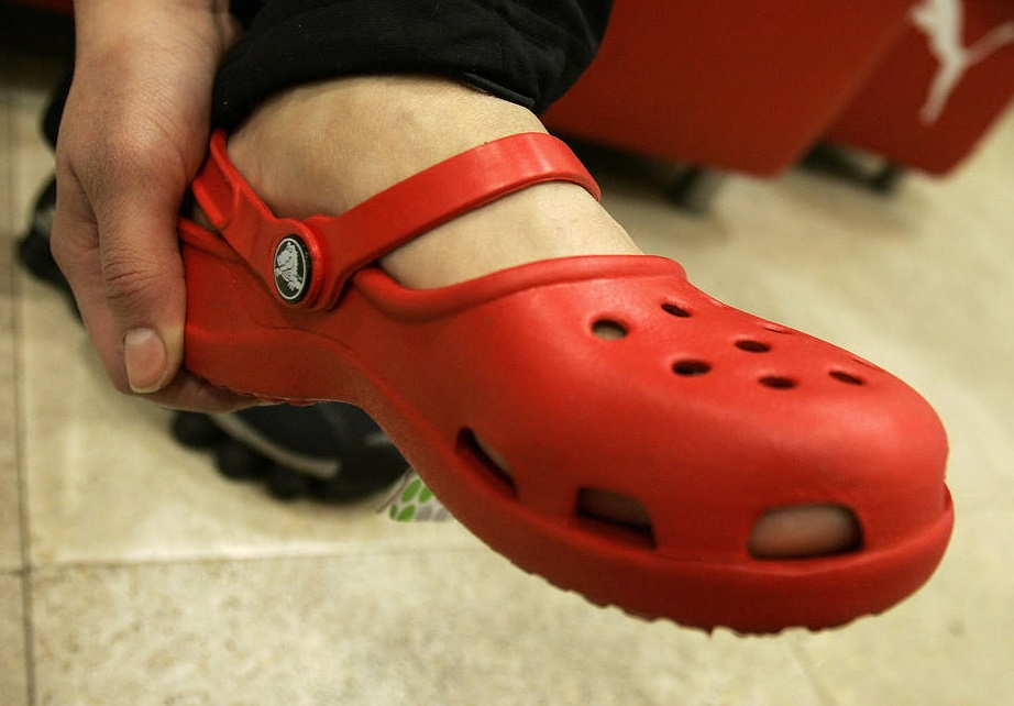 Best Crocs Shoes-red shoe