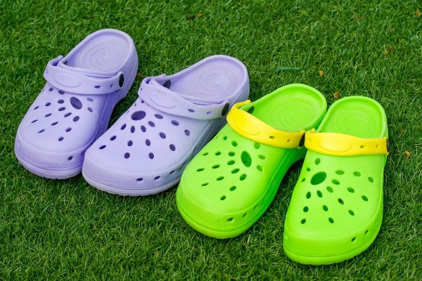 An in depth review of the best Crocs shoes of 2017