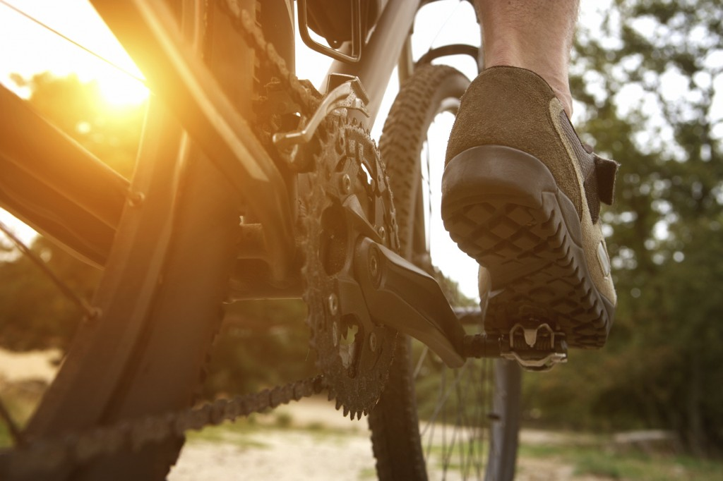 Best Mountain Bike Shoes-pedal grip and traction