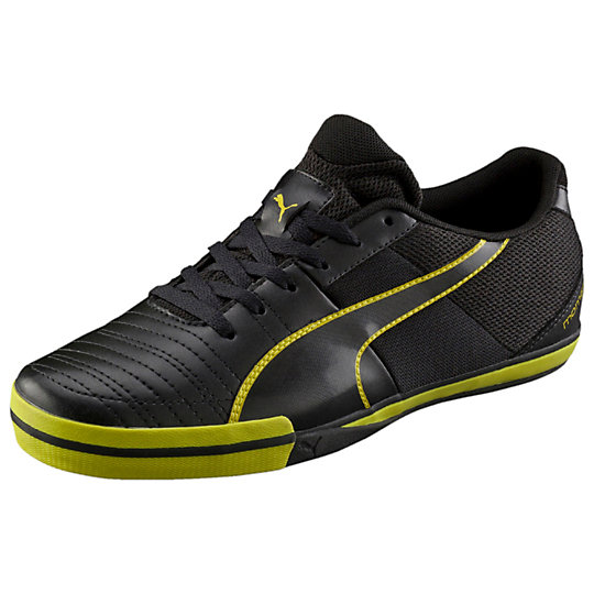 11. PUMA Momentta Vulc Sala Country Indoor Soccer Shoe
