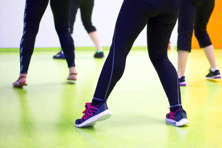 Best-Zumba-Shoes-dancer-in room