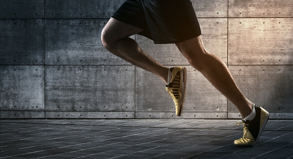 best-parkour-shoes-flexible-shoe-on-runners-foot