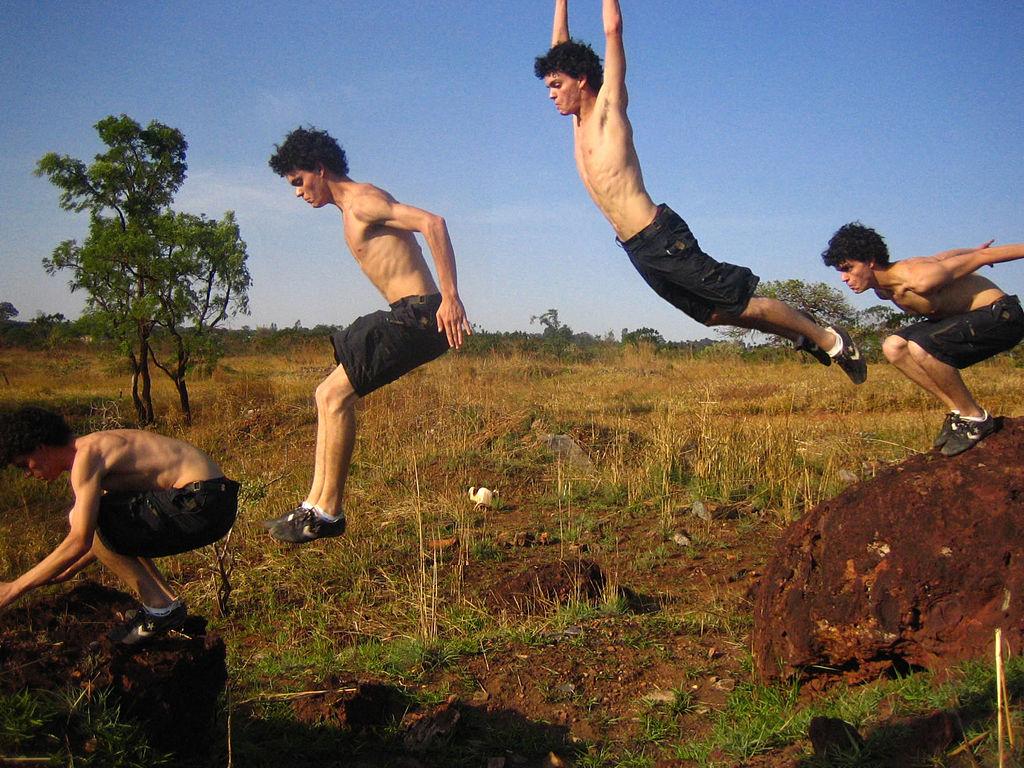 best-parkour-shoes-jump across gap