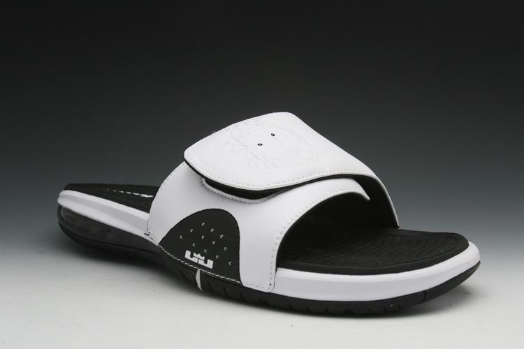 best pregnancy shoes-strap shoes