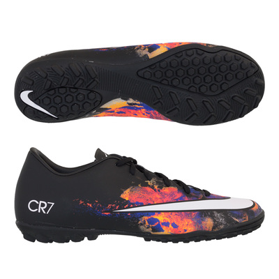 10. Nike Men's Mercurial Victory V CR Soccer Shoe