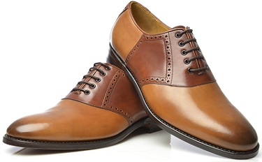 Best-Oxford-Shoes-oxfords on table