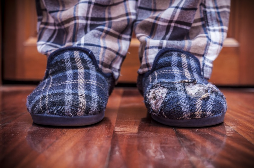 Best-Slippers-Durability-old-damaged-Slippers-with-holes