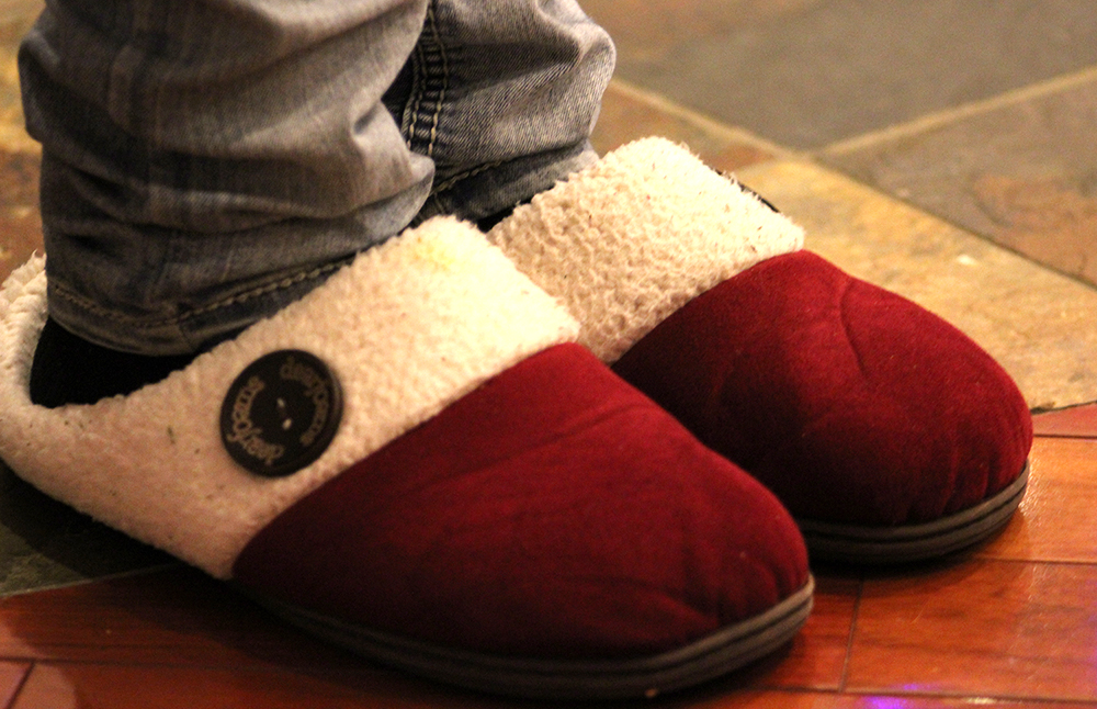 Best-Slippers-Shoes-Comfort-Cushioned-Fur-Slipper