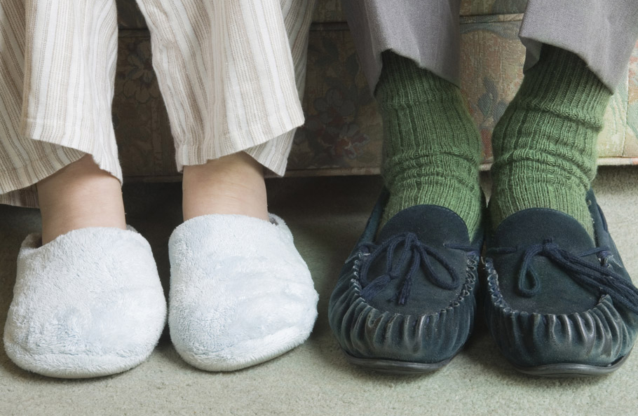 Best-Slippers-Shoes-Ease-of-use-Simplicity-Convenience