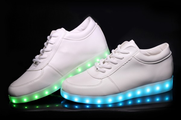 An in depth review of the best light up shoes of 2017