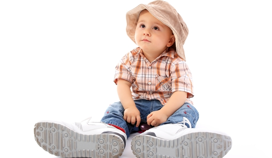 Best-baby-shoes-big-shoes-on-a-little-baby