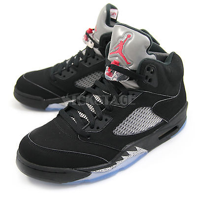 5. Nike Men's Air Jordan V 5 Retro