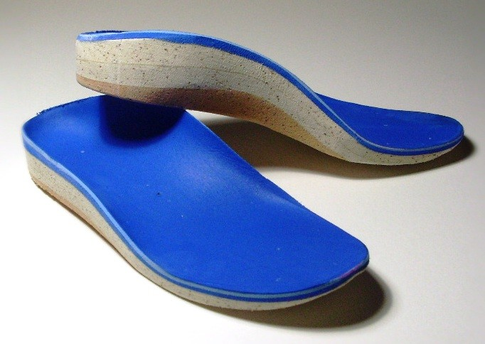 Best Shoes For People With Orthotics