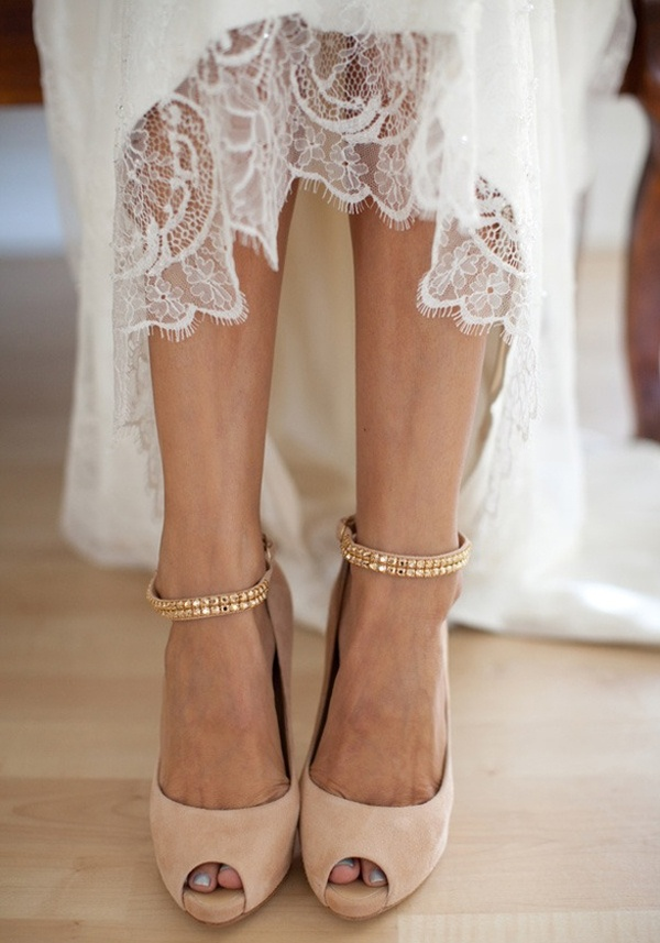 No Heel Wedding Shoes: High-Heel Wedding Shoes Vs. Low-heel Shoes