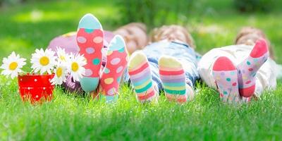 Best-Kids-Socks-Kids-laying-on-grass
