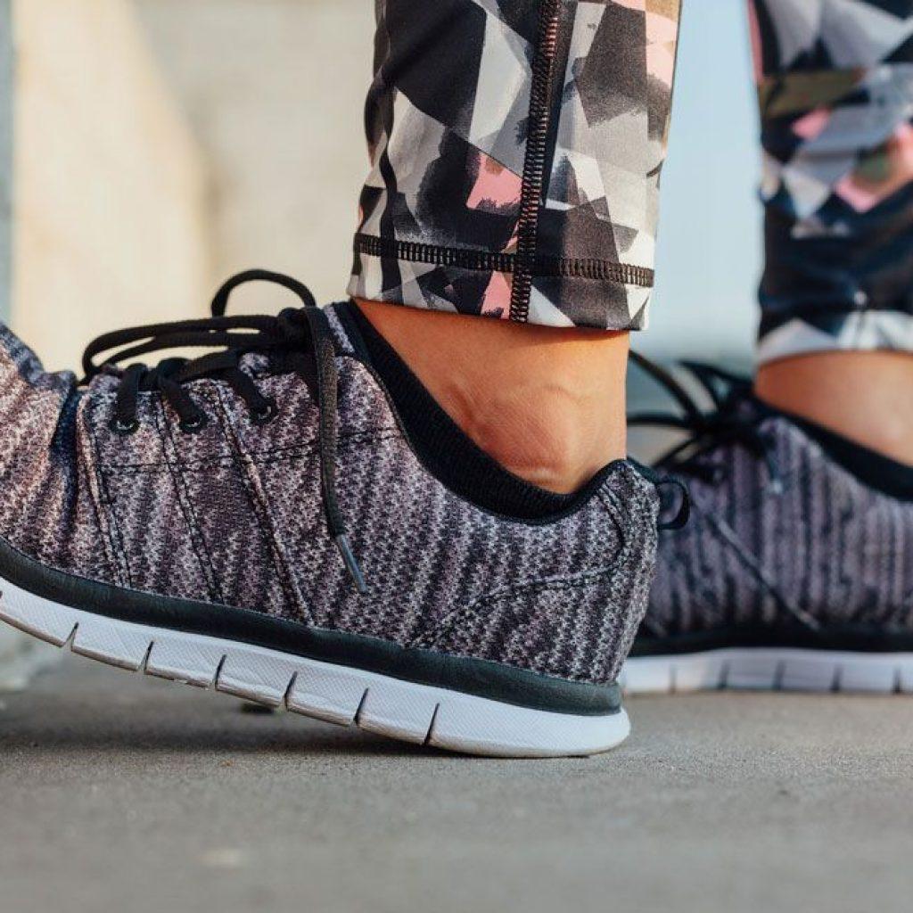 Flex-Grooves-Best-Running-Shoes