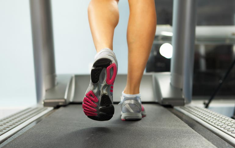 How to cure smelly feet-woman on elliptical sweating