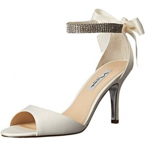10 best bridal shoes reviewed tested for 2018 nicershoes this is one bridal shoe for women who want to make an impact on their big day this may not be a conservative shoe but then again thats not what a lot junglespirit Choice Image