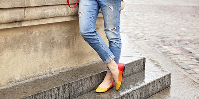 best flat shoes - orange shoes on woman
