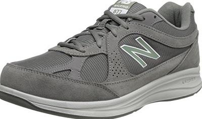 9. New Balance MW877