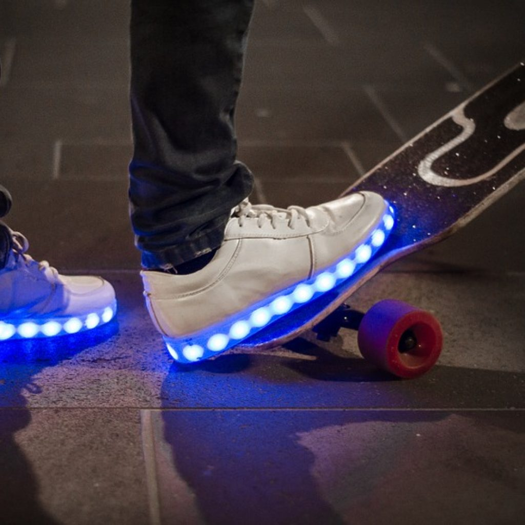 FAQ Best Shoes with Lights