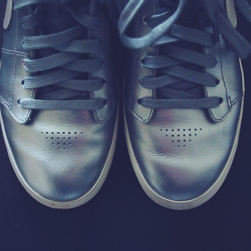 Shoe-Features-Best-Silver-Shoes