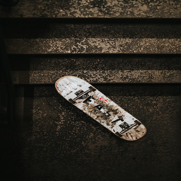 White-Skateboard-Best-DVS-Shoes