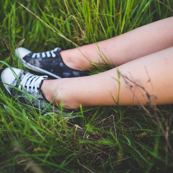 Sneakers-In-The-Grass-Best-Keds-Shoes