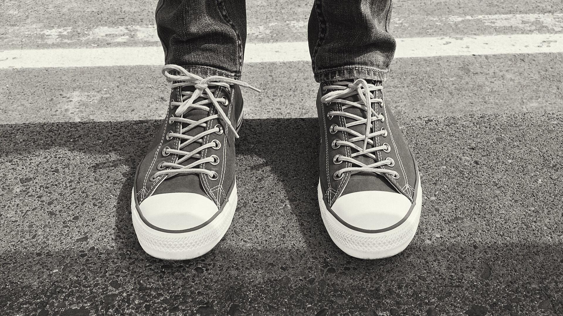 converse-1646992_1920