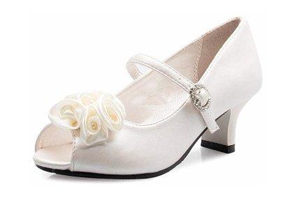 Olivia K Vintage Roses