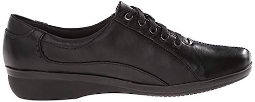 Best Shoes for Walking On Concrete Clarks Everlay