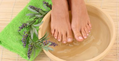 Tips: 7 Ways To Take Care Of Your Feet Every Day