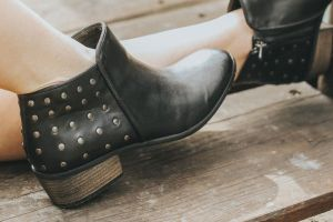 An in depth review of the best ankle boots of 2018