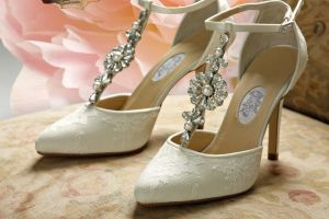 An In Depth Review of the Best Bridal Shoes of 2018