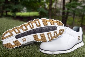 An in depth review of the best spikeless golf shoes of 2018