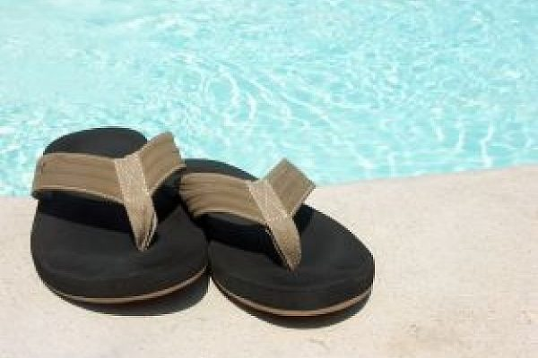 Best Flip Flops Reviewed and Tested for Comfort