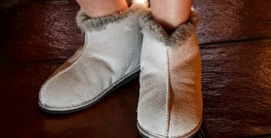 Best Slippers Reviewed and Tested for Quality & Comfort